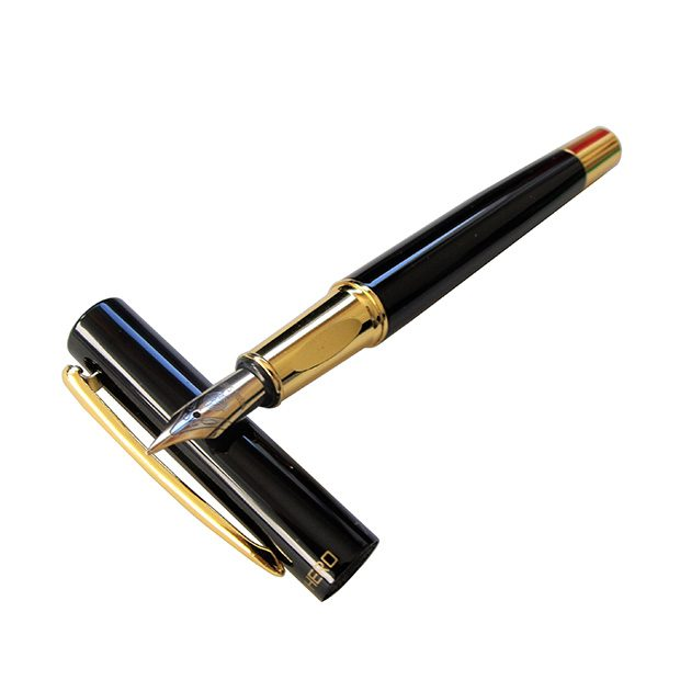 Hero-7036-Fountain-Pen-Profile
